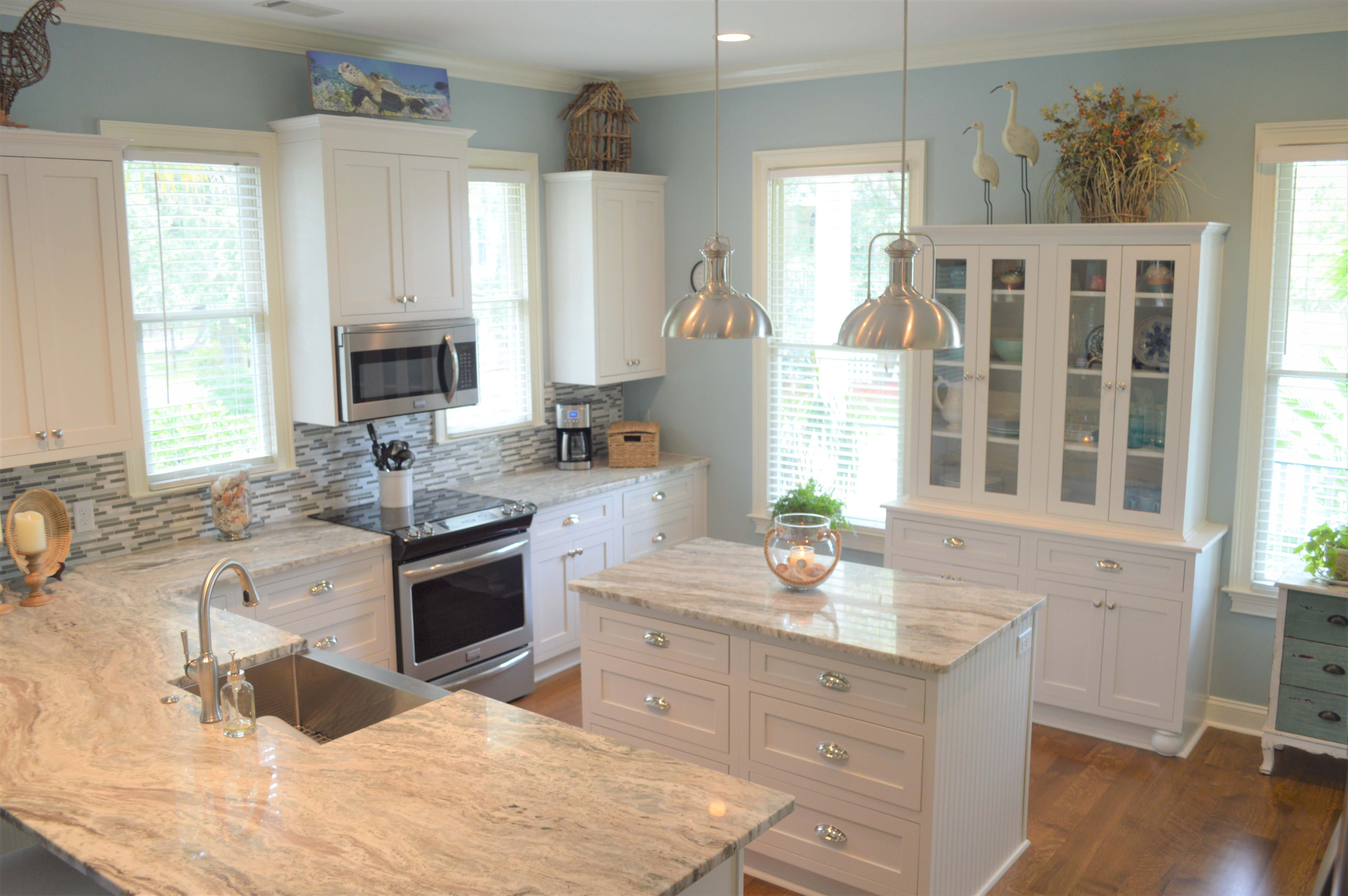 Kitchen Renovations – Classic Finish Inc
